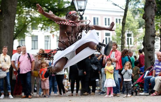 Den-haag_Embassy-Festival-Bas-Cwzerwinski