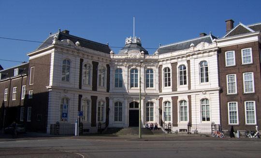 Den-haag_Raad_van_State-paleis-kneuterdijk