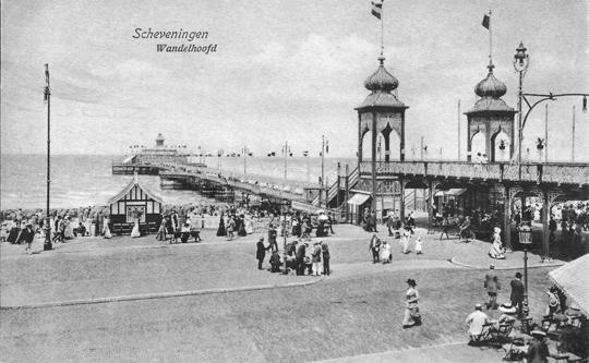 Den-haag_Scheveningen_Wandelhoofd-pier