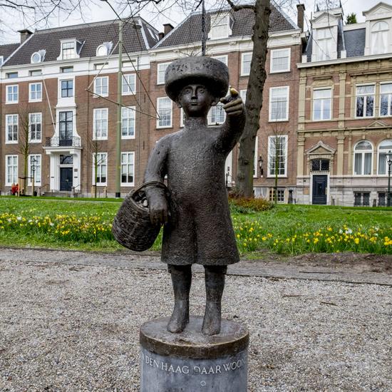 Denhaag_Standbeeld_Jantje_uit_Den_Haag_01.jpg
