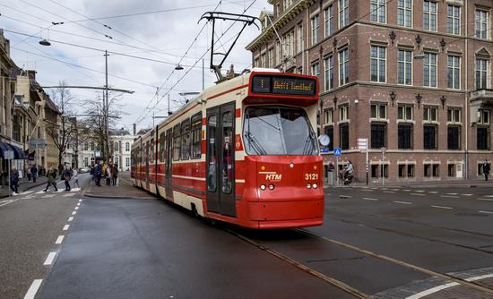 Den-haag_Tram_openbaar-vervoer