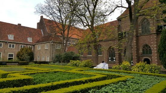 Den-haag_prinsenhof-delft