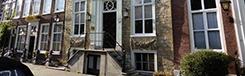 Appartement aan één van de mooiste grachten van Den Haag